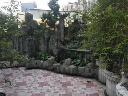 130平房赠送130平花园以及两间贮藏室,超值