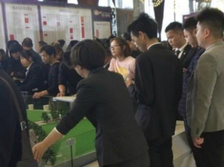 急售博泰星力城》商铺门面》十年包租,以租还贷!!!