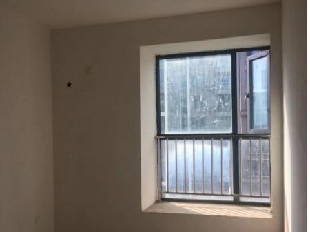 世纪城全新毛坯房!120平米三室无住人!全优的生活配套
